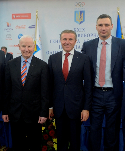Sergey Bubka has been re-elected President of the National Olympic Committee of Ukraine at the General Assembly, where he was supported by European Olympic Committees boss Patrick Hickey (left) and ex-world heavyweight champion Vitali Klitschko ©NOCU