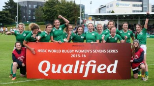 The Ireland team celebrate qualifying for the HSBC World Rugby Sevens Series 23/8/2015