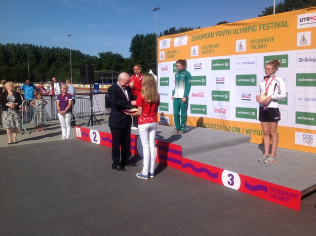 Pat Hickey - President presents Louise Shanahan with her Gold medal in the 800m at the EYOF Utrecht
